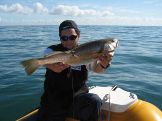 La pêche le lac aleksandrov